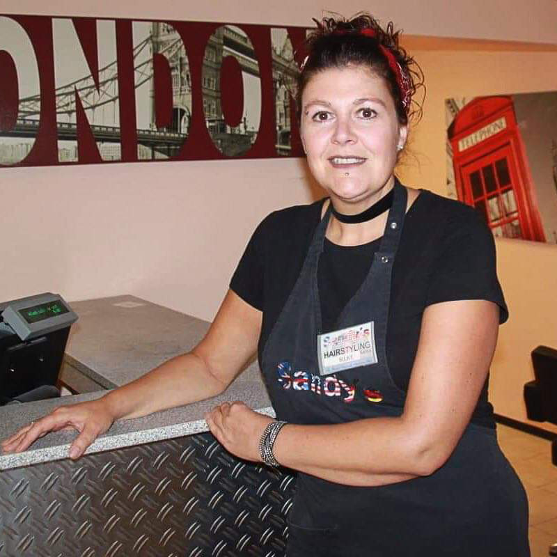 Sandy S Hairstyling Salon The British Newsha Salon With